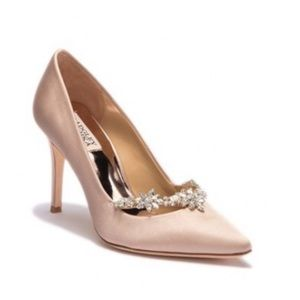 Badgley Mischka Venetia Satin Pump